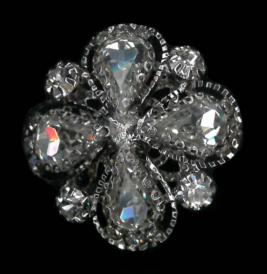 CRYSTAL BUTTON - NICKEL/CLEAR