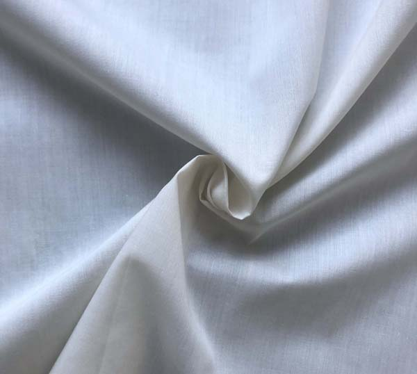 POLY COTTON POPLIN - LT CREAM L215