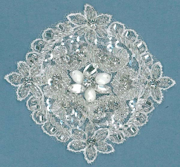 CRYSTAL BEADED MOTIF (SOLD SINGULARLY) - IV/SIL